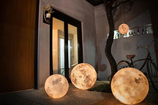Måne som lampe