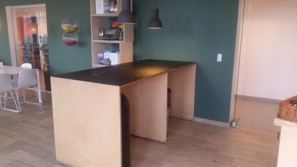 serveringsbord med opbevaring
