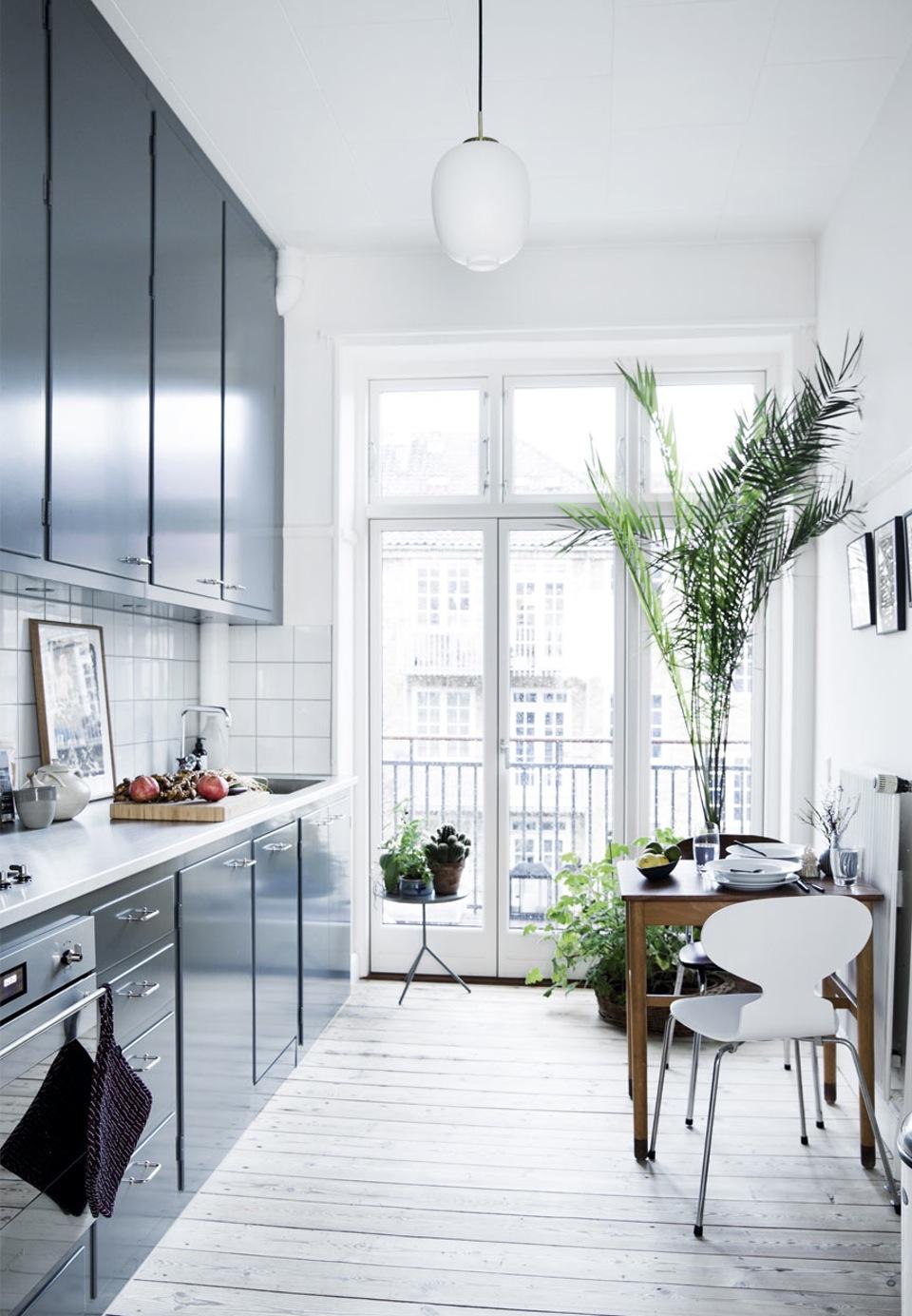 FØr & efter   det lille kØkken   blog om bolig